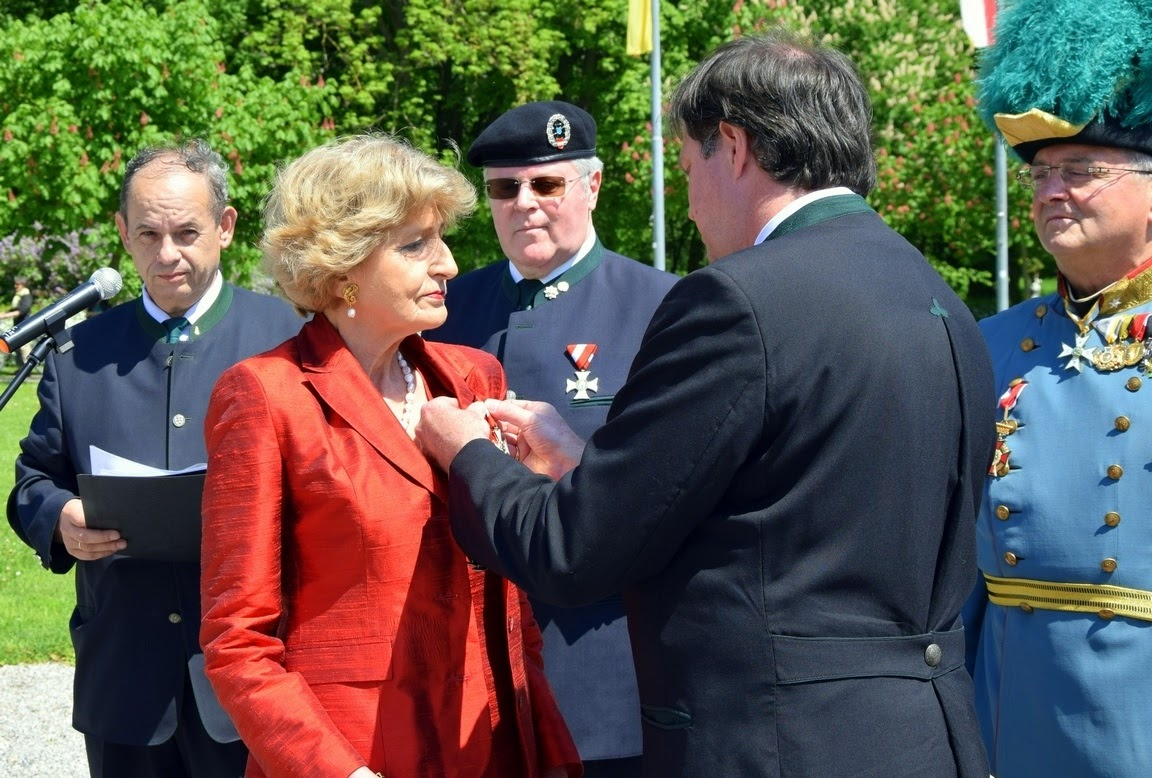 12-Gedenktag 300. Geb. K. Maria Theresia Wr Neustadt Teil 2 06.05.17
